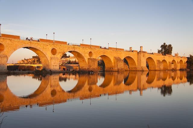 Sevilla - Badajoz viaja con gusto